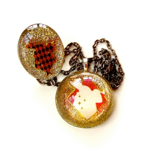 White Rabbit Resin Jewelry Set