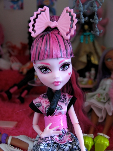 Monster High Exchange Draculaura