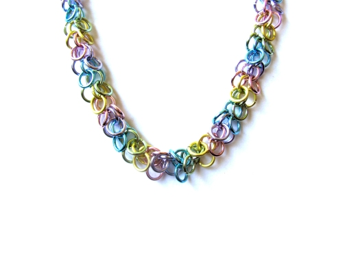Pastel Chainmail Necklace - Shag Pattern