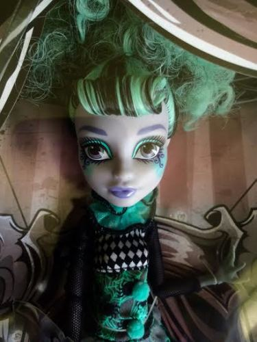 Twyla Boogeyman - Freak du Chic Series